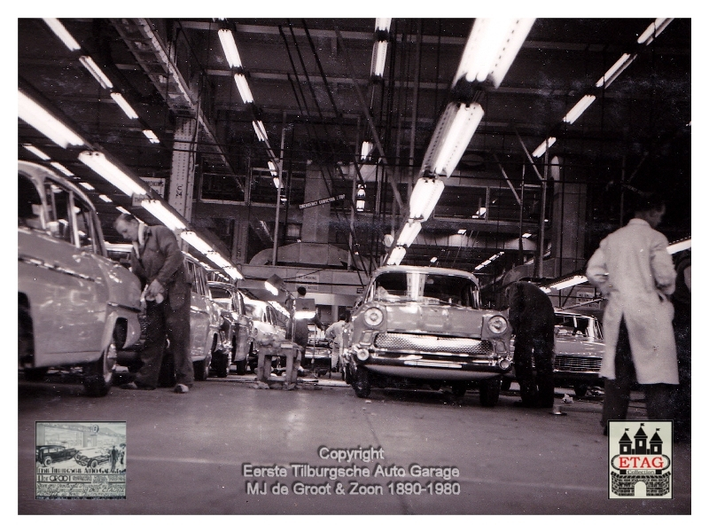 1958 Vauxhall Luton Factory visited by Dutch dealers (01)