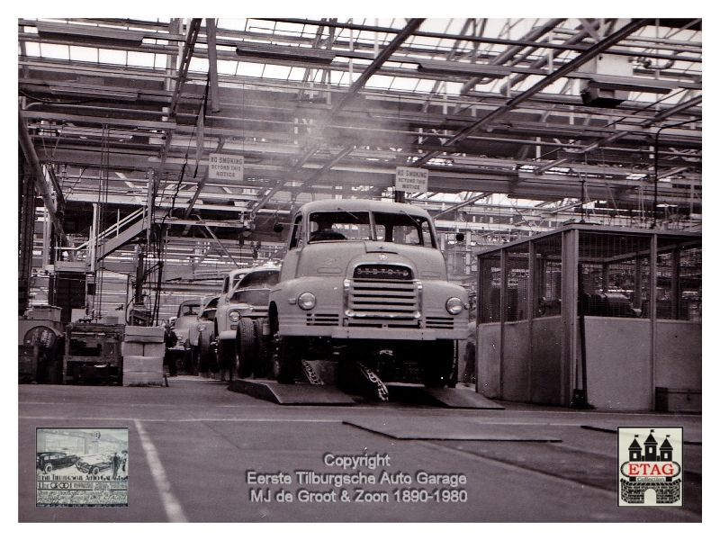 1958 Vauxhall Luton Factory visited by Dutch dealers (08)