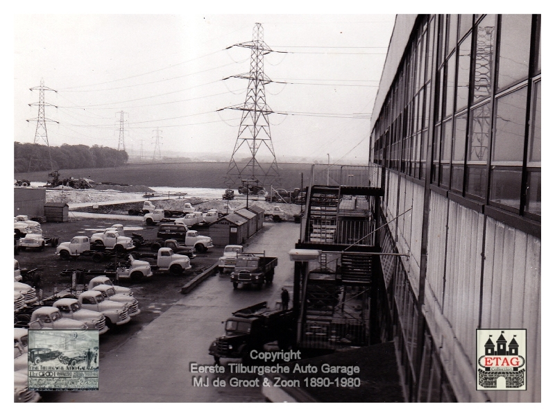 1958 Vauxhall Luton Factory visited by Dutch dealers (10)