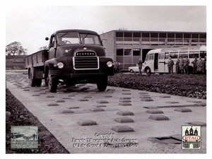 1958 Vauxhall Luton Factory visited by Dutch dealers (15)