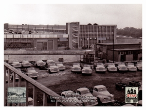 1958 Vauxhall Luton Factory visited by Dutch dealers (17)