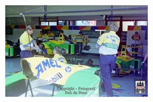 1992 Imola Italie Ford Benetton Brundle #20 Pits